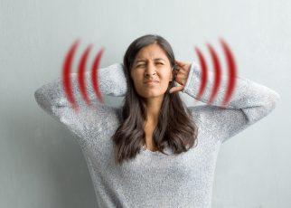 Menderita Tinnitus Apakah Juga Berarti Menderita Gangguan Pendengaran?