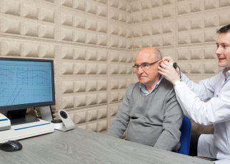 gangguan pendengaran pria