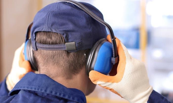 10 Tips Untuk Melindungi Pendengaran Anda