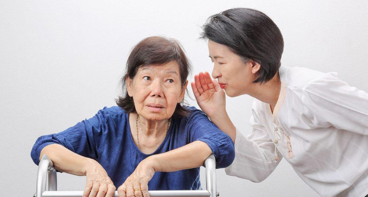 Gangguan Pendengaran Pada Lansia, Kenali Tanda dan Gejalanya